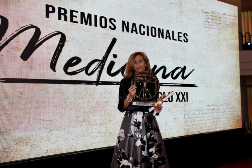 La Dra. Idiazábal, Premio Nacional de Medicina Siglo XXI en Neurofisiología Clínica